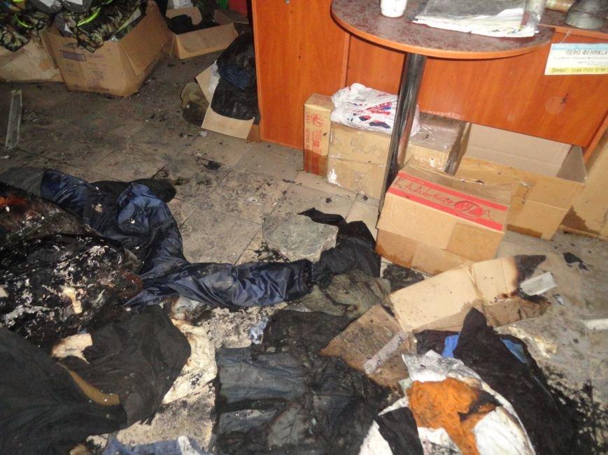 Подожгли офис волонтерской организации «Новый Мариуполь» (ФОТОРЕПОРТАЖ+ВИДЕО), фото-8