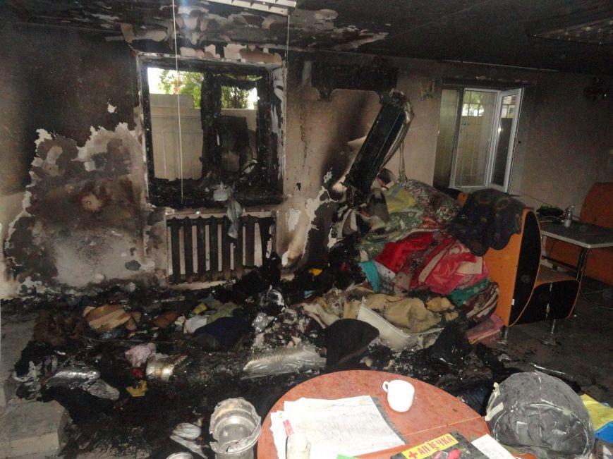 Подожгли офис волонтерской организации «Новый Мариуполь» (ФОТОРЕПОРТАЖ+ВИДЕО), фото-6