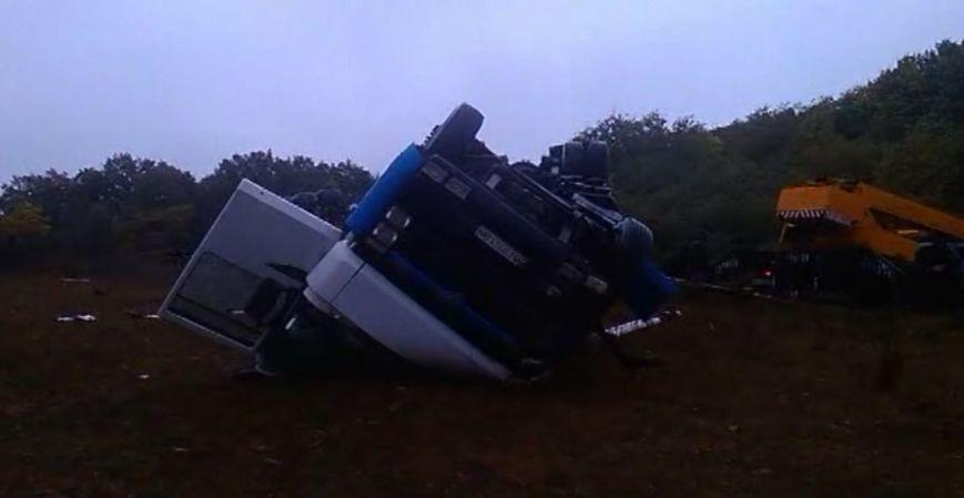 На Сумщине в ДТП погиб водитель автоцистерны (ВИДЕО), фото-1