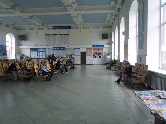 Житель Запорожской области украл борсетку у жителя Днепропетровщины, фото-1
