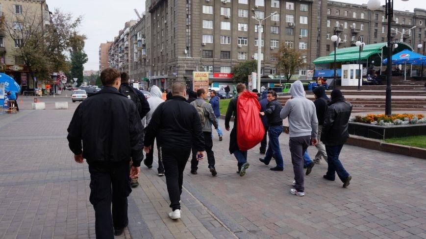 Ответственность за разгром палатки коммунистов на ЮЖД взял на себя «Правый Сектор»: ФОТО+ВИДЕО, фото-3