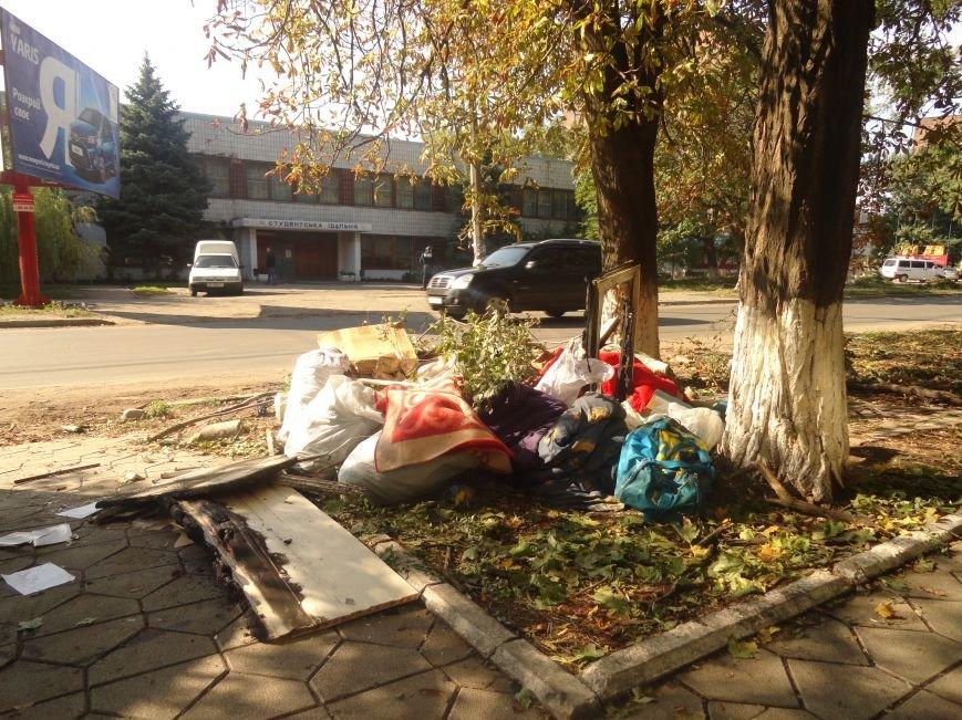 Волонтеры начали ремонт офиса «Нового Мариуполя» после пожара (ФОТОРЕПОРТАЖ+Видео), фото-6