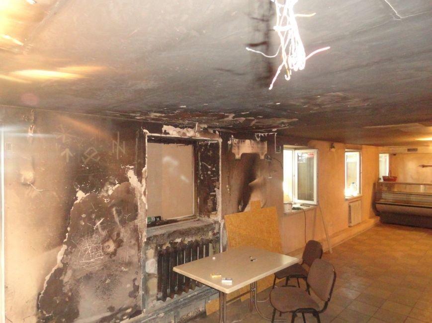 Волонтеры начали ремонт офиса «Нового Мариуполя» после пожара (ФОТОРЕПОРТАЖ+Видео), фото-3