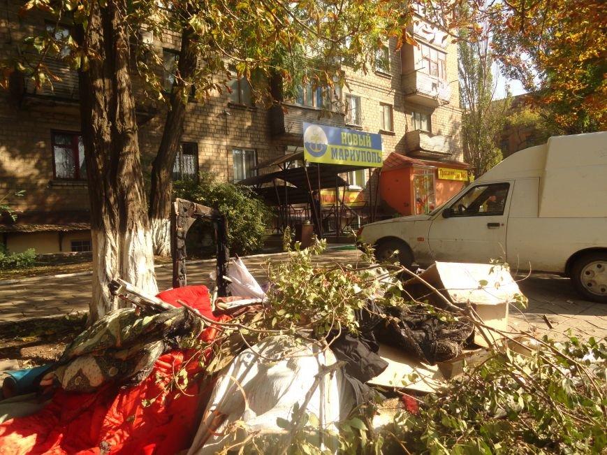 Волонтеры начали ремонт офиса «Нового Мариуполя» после пожара (ФОТОРЕПОРТАЖ+Видео), фото-8