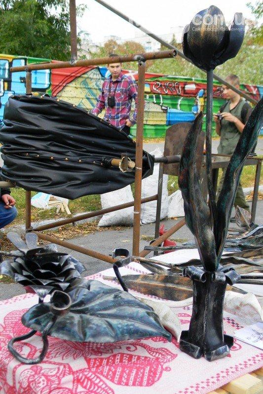Кременчугский кузнец больше известен как учитель труда в школе №20    ФОТО, фото-2
