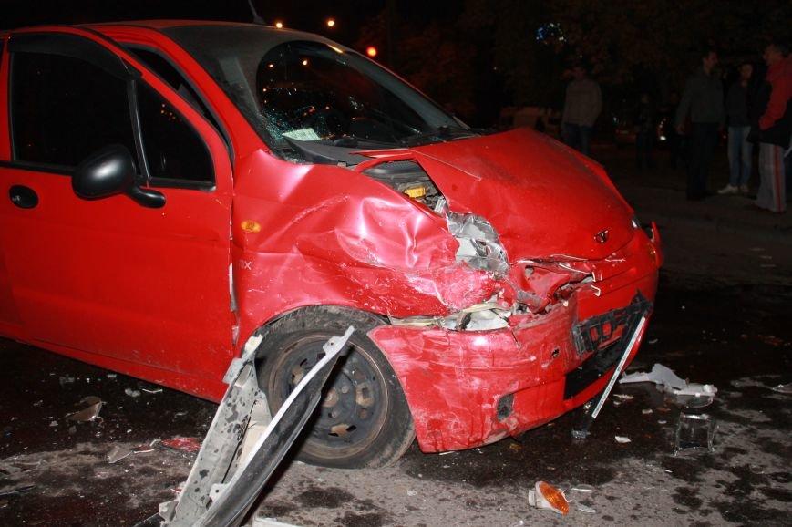 Подрезал и скрылся: В Сумах на проспекте Лушпы крупная авария. Три пострадавших (ФОТО+ВИДЕО), фото-8