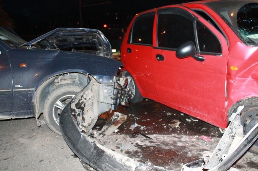 Подрезал и скрылся: В Сумах на проспекте Лушпы крупная авария. Три пострадавших (ФОТО+ВИДЕО), фото-9