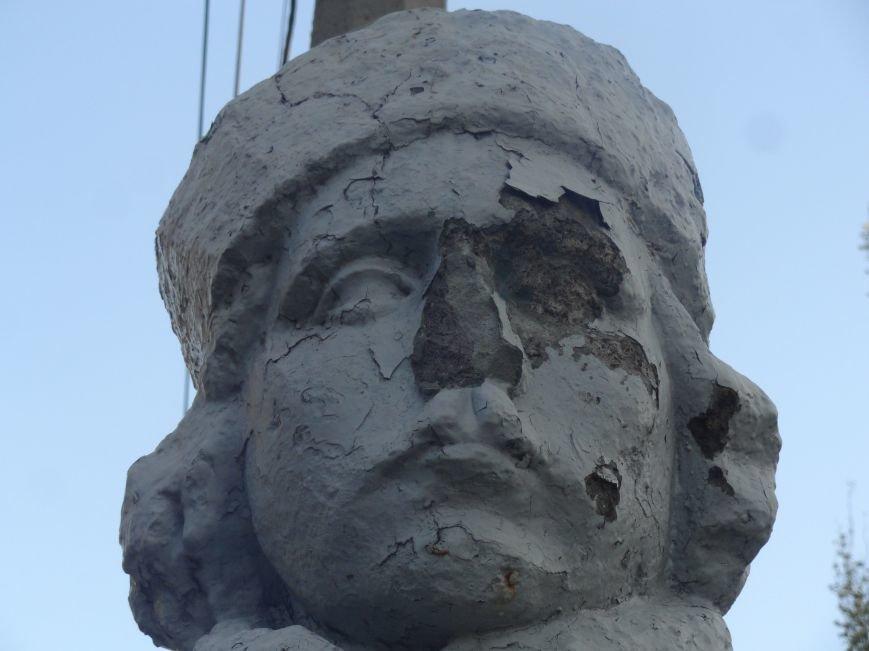 Еще один памятник в Мариуполе подвергся нападению вандалов (ФОТО), фото-3