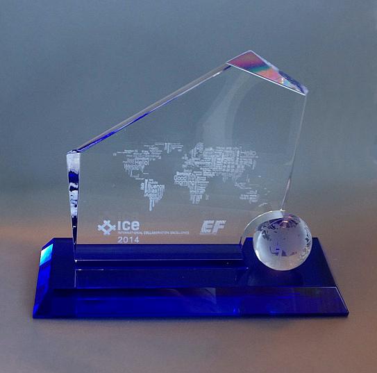26092014 Пресс-релиз DME_Домодедово Трейнинг получил премию ICE Awards (фото)