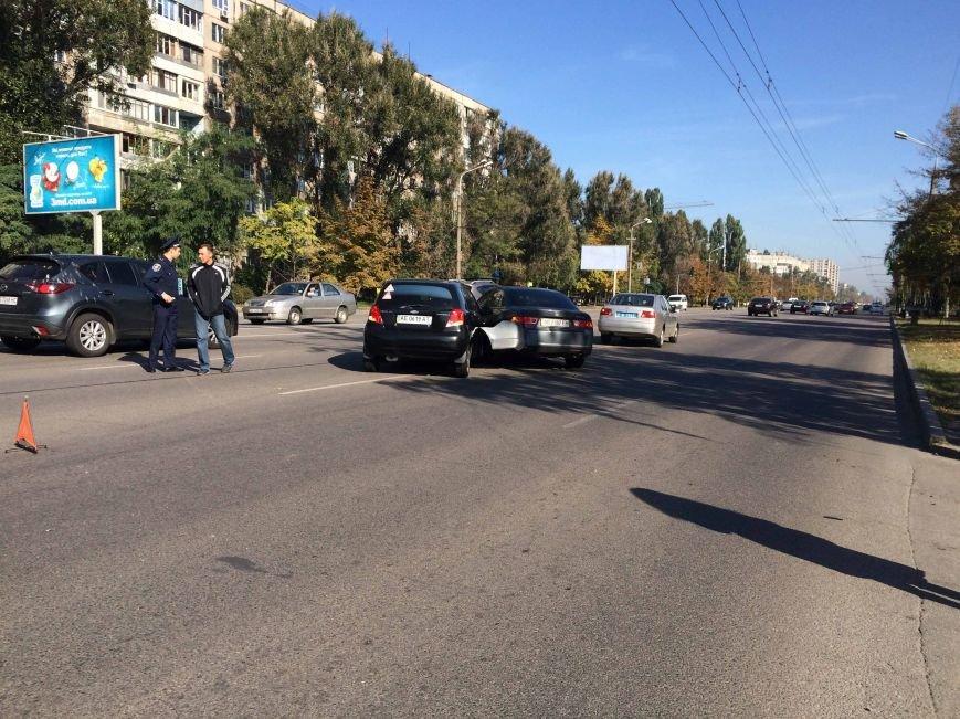 На Победе в Днепропетровске столкнулись три автомобиля (ФОТО), фото-3