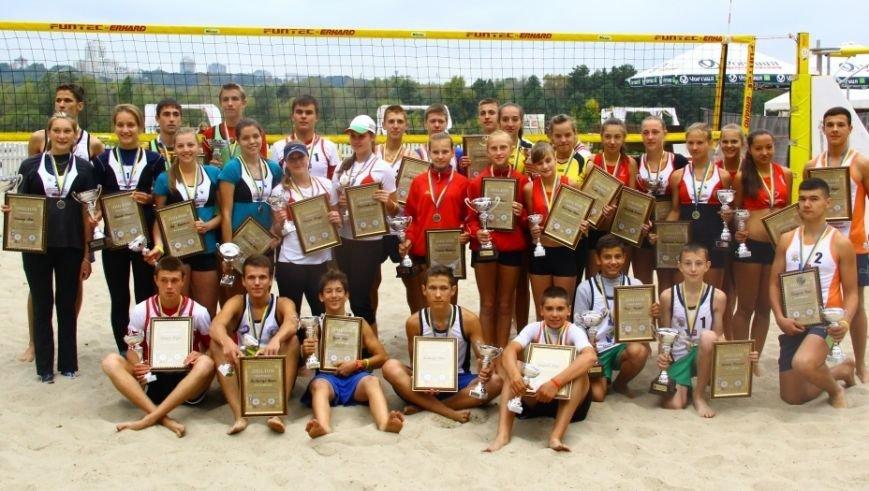 Дуэт из Чернигова победил на детском фестивале по пляжному волейболу, фото-2