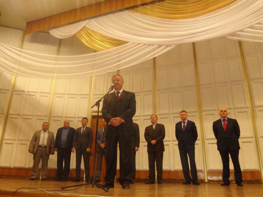 Мариупольский государственный университет чествовал своих новых первокурсников (ФОТО), фото-6