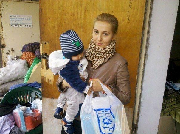 В Мариуполе маленькие беженцы нуждаются в памперсах и детском питании, фото-2