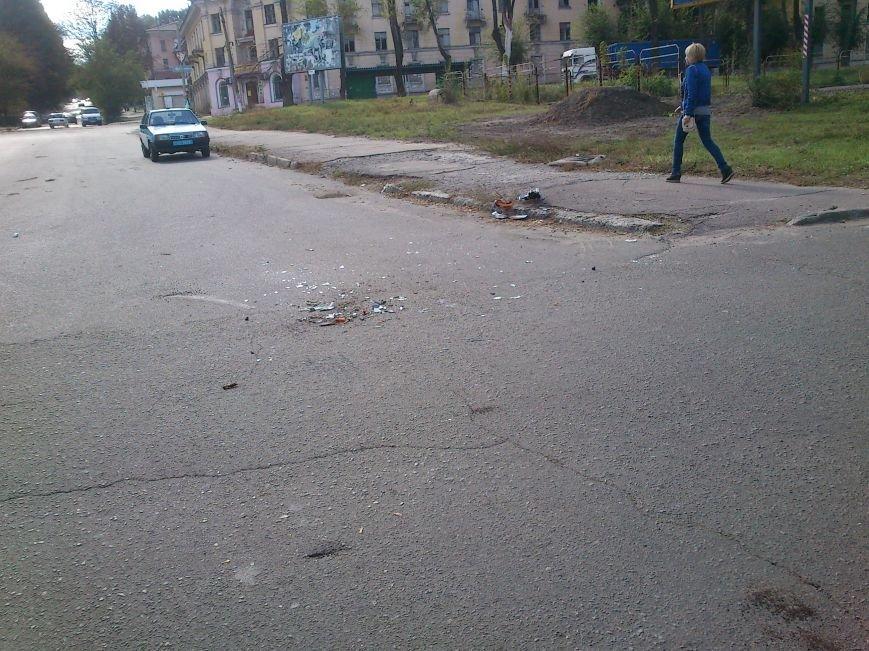В Днепродзержинске легковой автомобиль столкнулся с грузовиком, фото-5