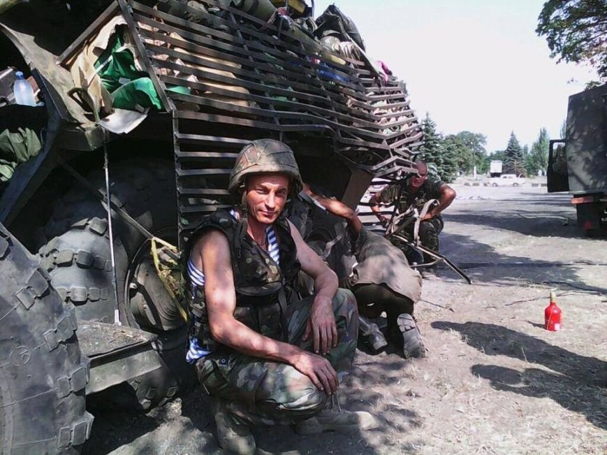 «Передавать помощь в 17 танковую надо лично в руки бойцам» - волонтер Андрей Мизан, фото-2
