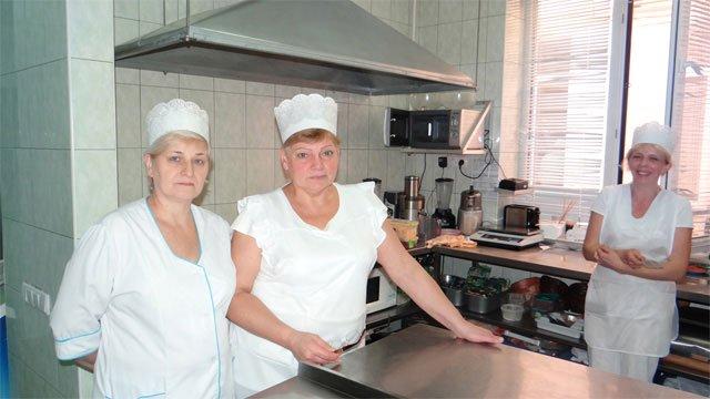Ольга Фреймут знову побувала у Вінниці та нагородила «Цукерню», фото-3