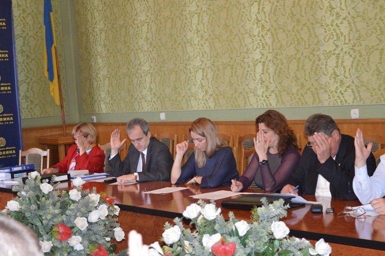 У Чернівцях обговорили питання щодо ліцензування та атестації навчальних закладів, фото-1