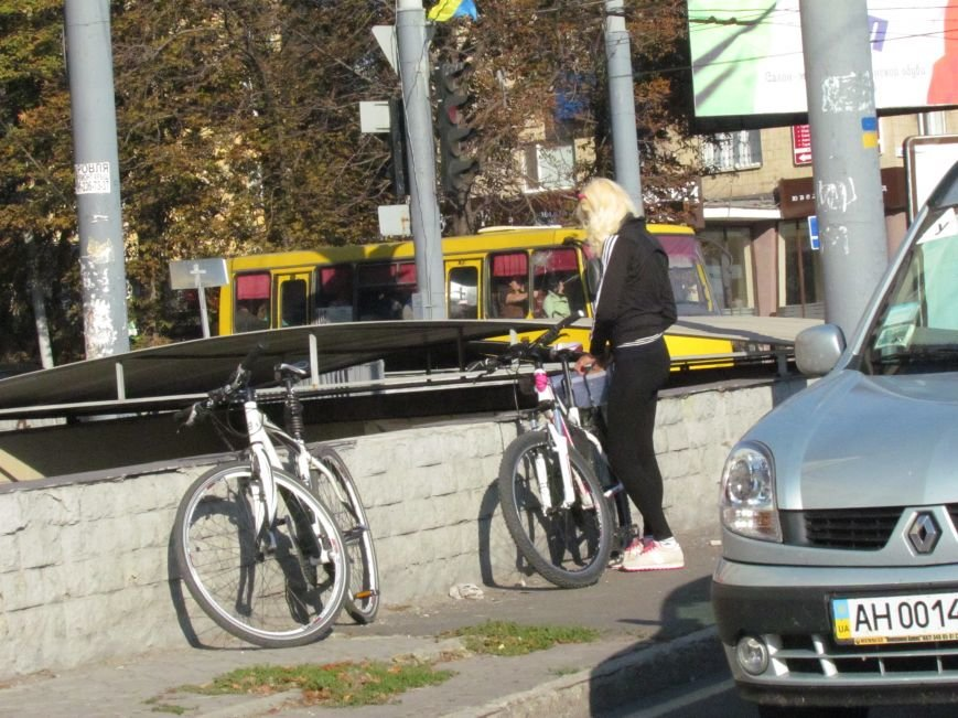В Мариуполе пьяный велосипедист врезался в автомобиль (ФОТО), фото-3