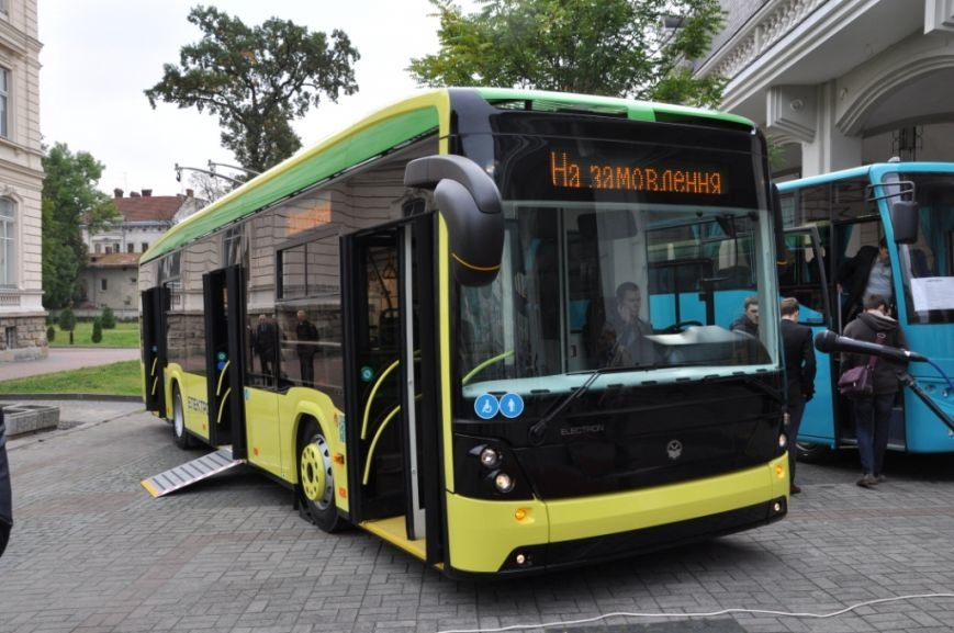 «Електрон» презентує сучасний низькопідлоговий тролейбус
