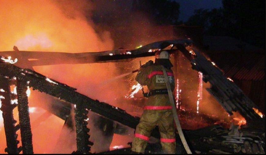 4,5 часа горел дом в домодедовском селе Одинцово, фото-1
