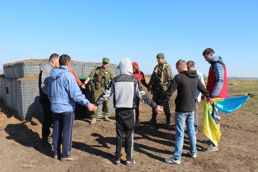 Киевские христиане изготовили для Мариуполя надежный блокпост (ФОТО), фото-1