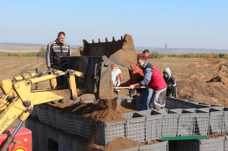 Киевские христиане изготовили для Мариуполя надежный блокпост (ФОТО), фото-3