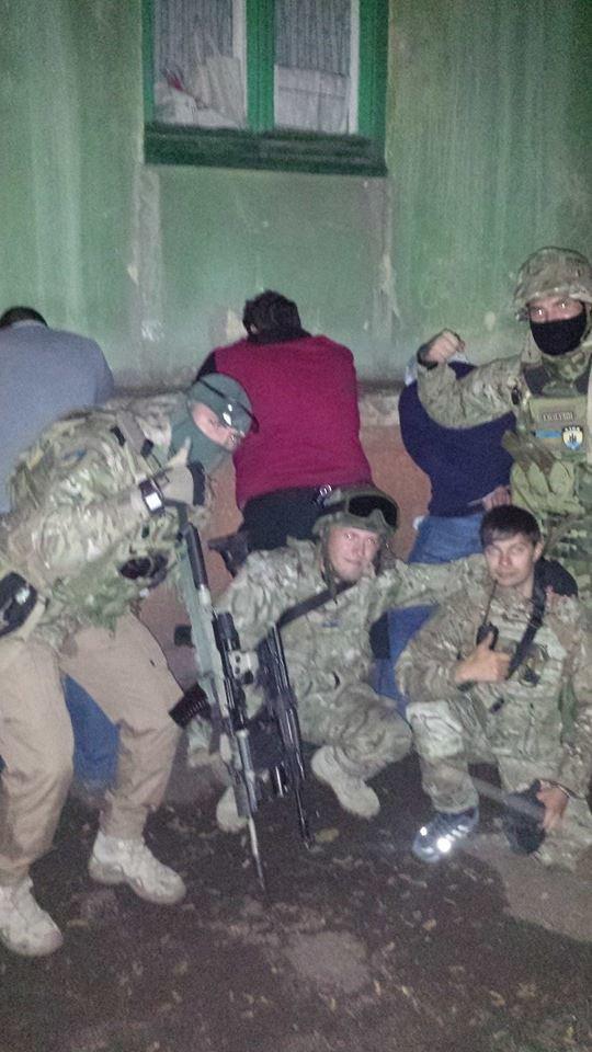 Бойцы «Азова» задержали дезертиров Нацгвардии (ФОТО), фото-2