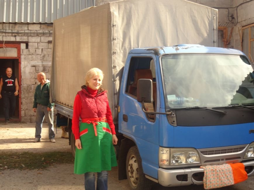 «Мариупольская Дружина» и объединение христианских общин обеспечили горячим питанием блокпосты Мариуполя (ФОТОРЕПОРТАЖ), фото-1