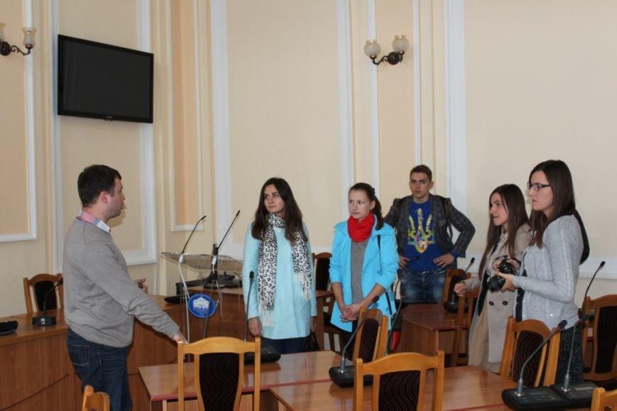 Тернопільська міська рада відкрила свої двері для всіх бажаючих (фото), фото-1
