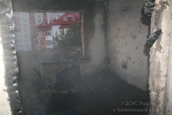 У Тернополі через пожежу у багатоповерхівці 31 людину було евакуювано (фото, відео), фото-3