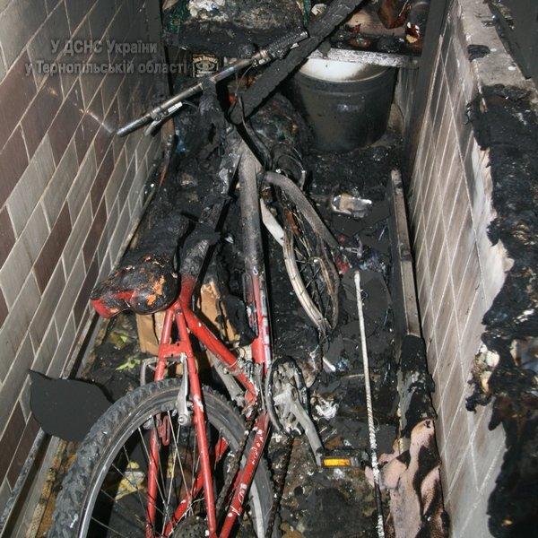 У Тернополі через пожежу у багатоповерхівці 31 людину було евакуювано (фото, відео), фото-1
