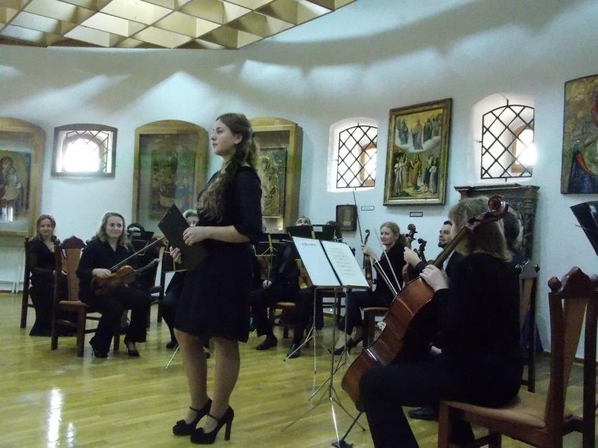 Рівняни відвідали новий проект Філармонії - «Музика в Острозькому замку», фото-5