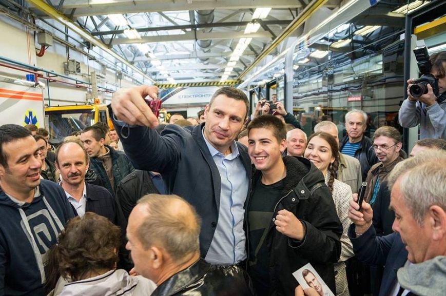 Кличко мечтает увидеть на улицах Киева львовские трамваи (ФОТО), фото-5