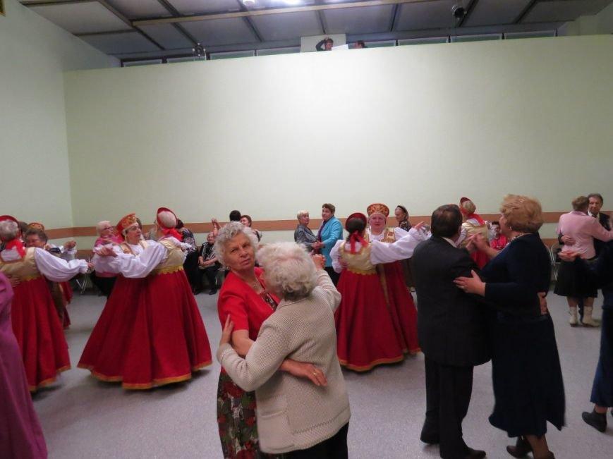 В Западном микрорайоне Домодедово чествовали пожилых людей на двух мероприятиях, фото-4