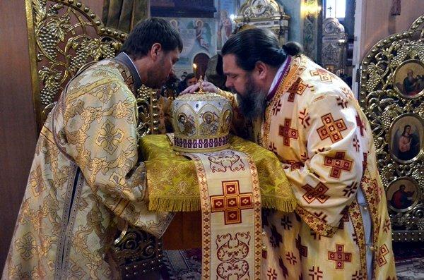 В Спасо-Преображенском кафедральном соборе Кривого Рога помолились об избавлении людей земли украинской от междоусобной брани, фото-3