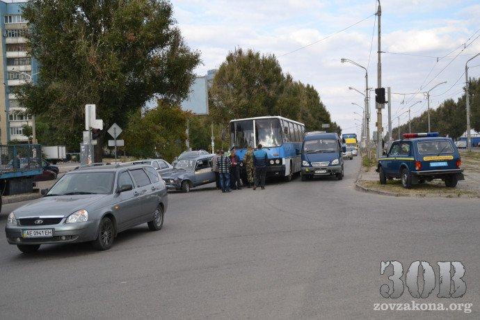 военный автобус5