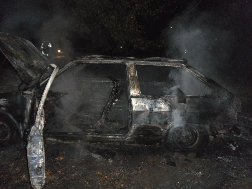 Ночью на левом берегу Днепродзержинска сгорел автомобиль, фото-3