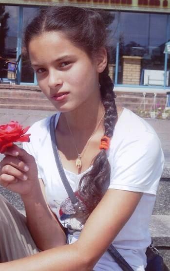 Столичная милиция просит помочь в поисках пропавшей школьницы (ФОТО), фото-1
