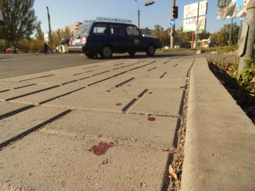 Мариупольцы увидели лужу крови на остановке (ФОТОРЕПОРТАЖ), фото-5