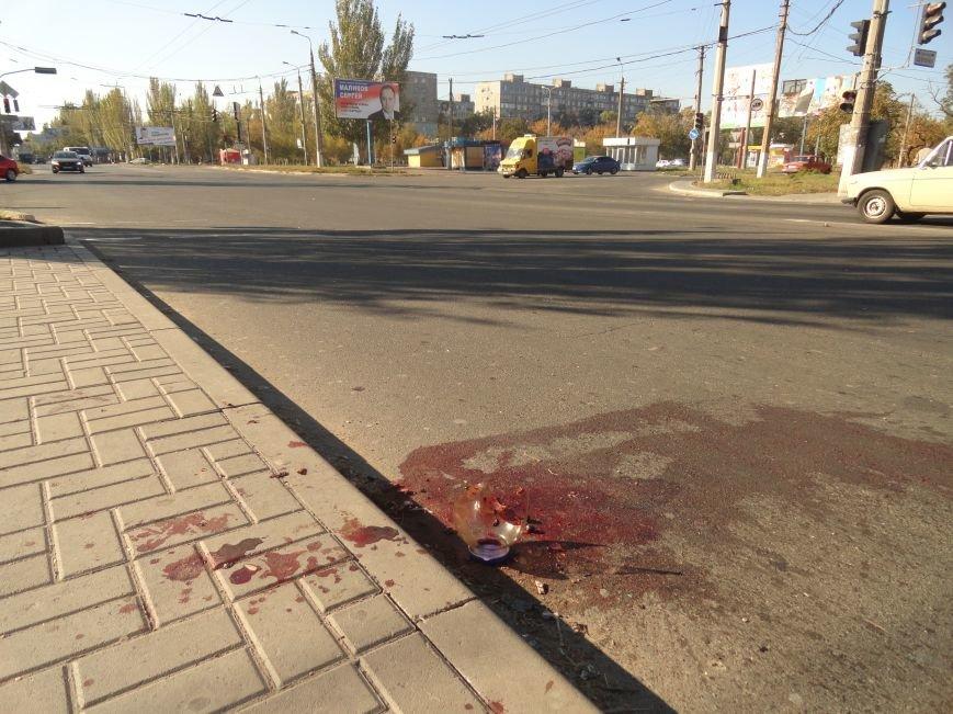Мариупольцы увидели лужу крови на остановке (ФОТОРЕПОРТАЖ), фото-8