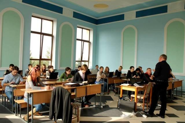 Кафедра маркетингу НУВГП провела перший практичний тренінг (Фото), фото-2