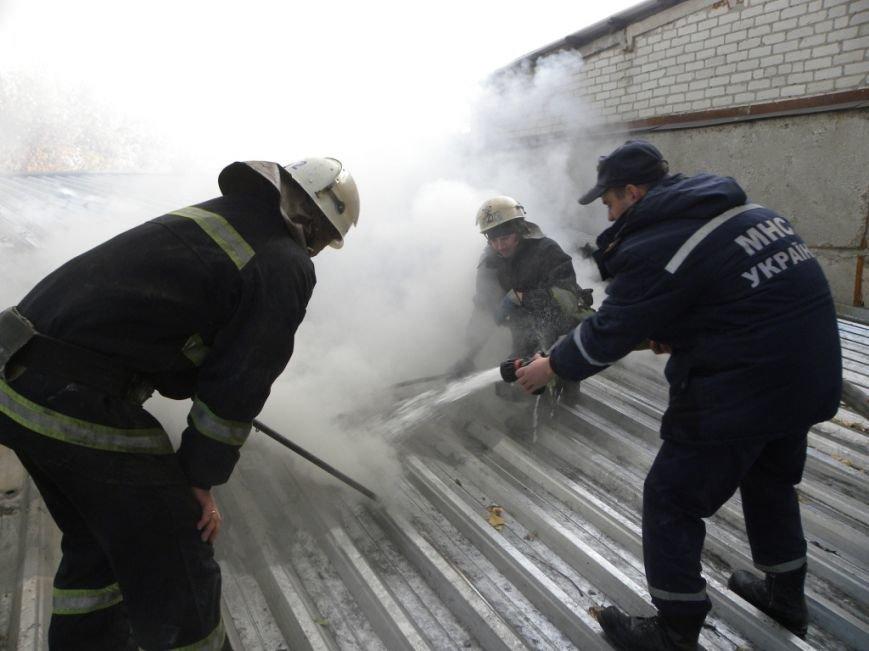 В Чернигове горело предприятие «Спорттехника», фото-3