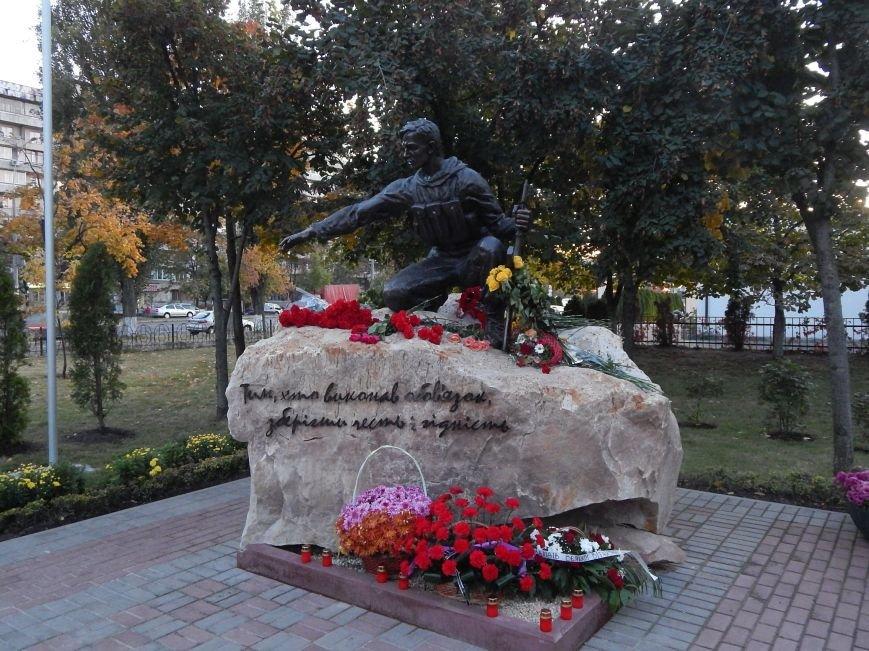 В Киеве появился памятник воинам, выполнившим свой долг (ФОТО), фото-4