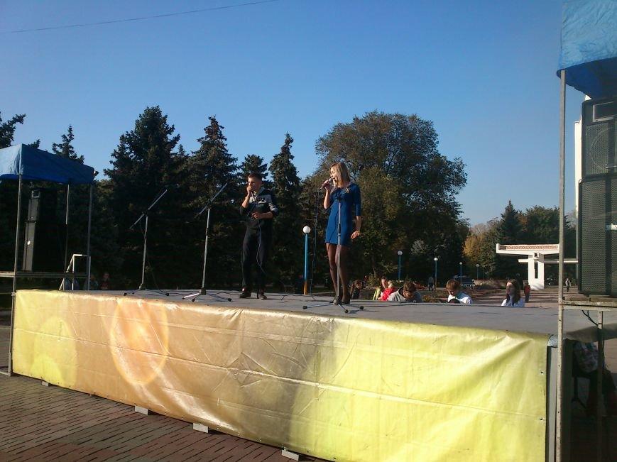 Благотворительный концерт «Мы за мир» провели студенты Днепродзержинского Музучилища, фото-6
