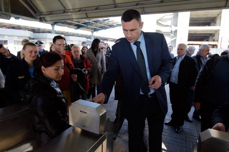Мэр Киева прокатился на городской электричке (ФОТО), фото-3
