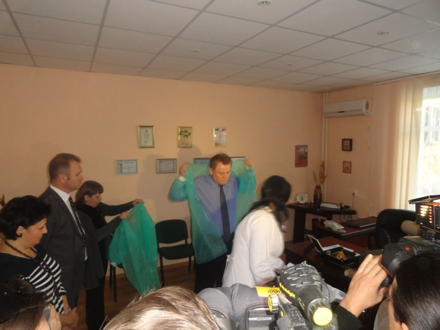 И.о министра здравоохранения Украины пообещал мариупольцам контролировать цены на лекарства в аптеках (ФОТОРЕПОРТАЖ), фото-4