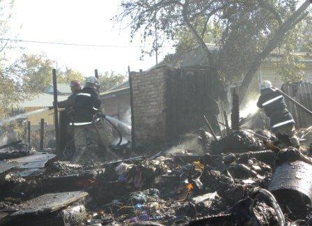 В Чернигове пожарные спасли от огня два жилых дома, фото-2