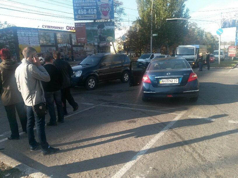 В Мариуполе иномарки не поделили перекресток (ФОТО), фото-2