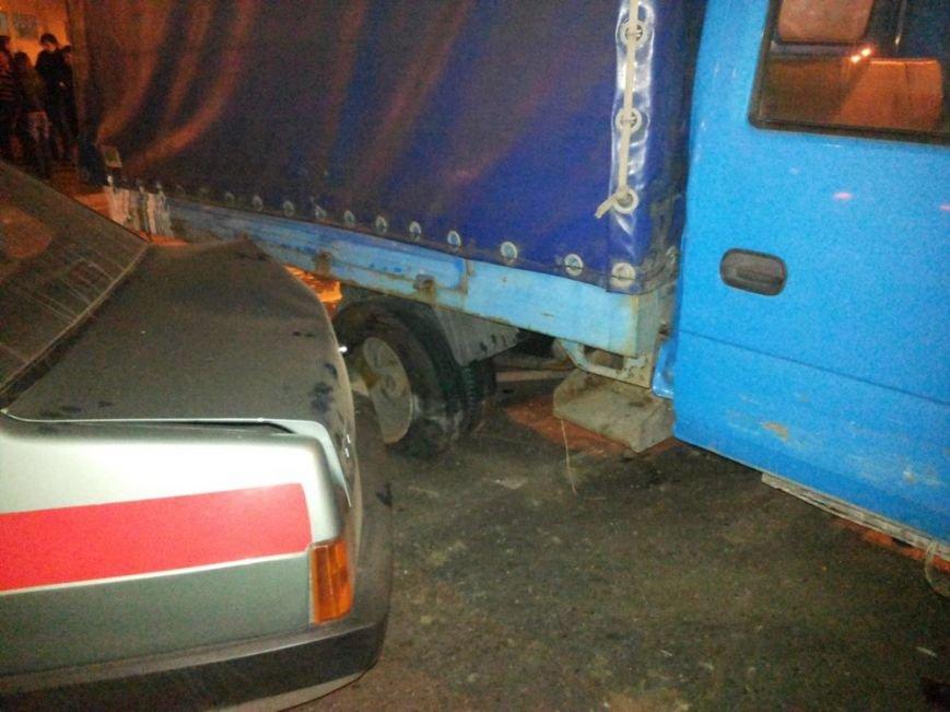 На улице Шевченко в тройном ДТП погиб водитель автомобиля, фото-4