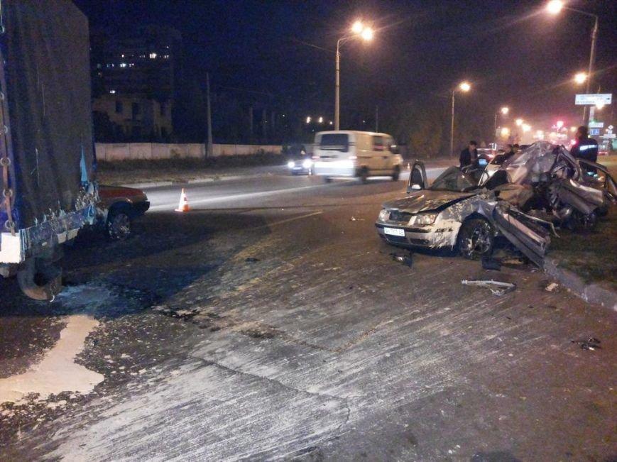 На улице Шевченко в тройном ДТП погиб водитель автомобиля, фото-2